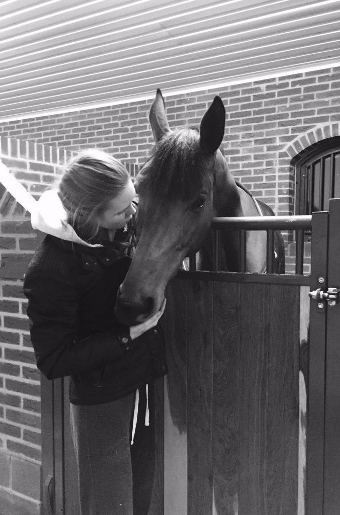 Så mycket kärlek till världens finaste häst